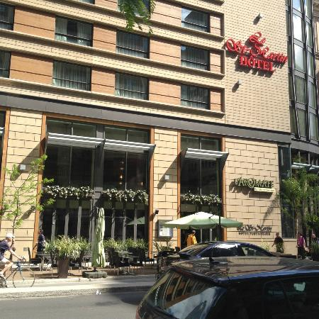 Le St-Martin Hotel Particulier Montreal: Hotel exterior