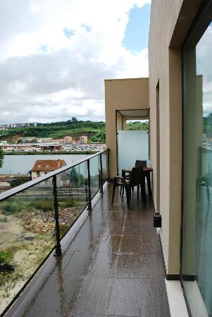 Vila Galé Coimbra: Sacada com vista para o Mondego