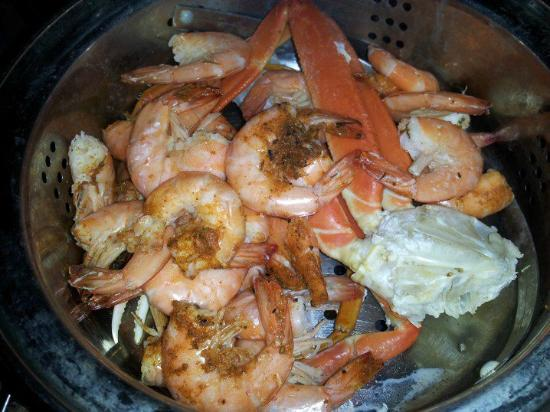 The Crab House: Shrip and Crab Steamer