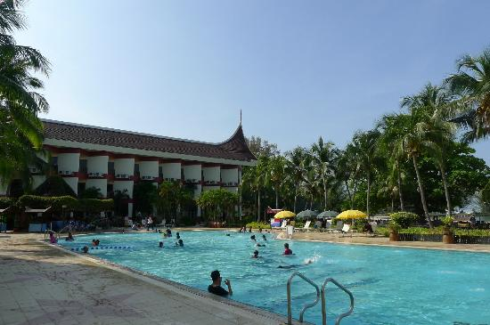 The Grand Beach Resort Pool
