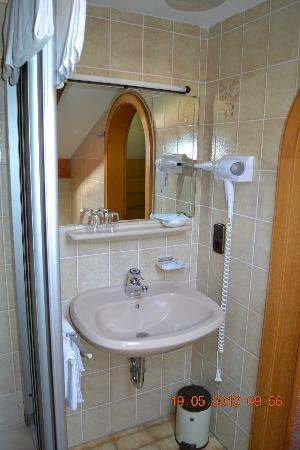 Alpenhotel Bergzauber: Bathroom