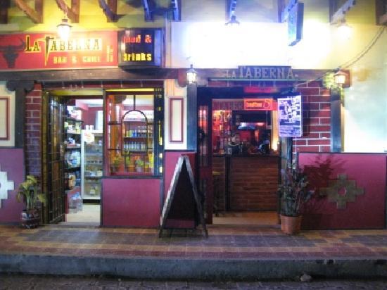 La Taberna Bar &Grill: getlstd_property_photo
