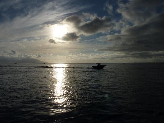 Nemo Cruises Day : coucher de soleil Papeete