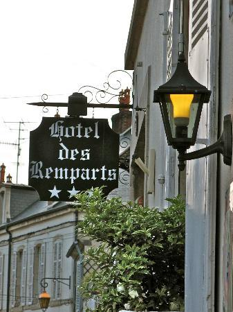 Hotel Des Remparts : Entrance