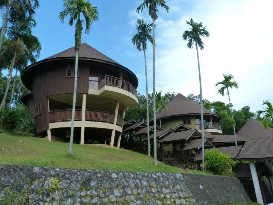 Damai Beach Resort: Hill View Suite