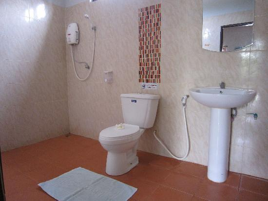 Bathroom in Thai Villa at Green View Resort and Golf Club