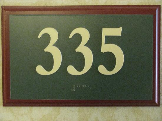 Country Inn & Suites By Carlson, Lincoln North Hotel and Conference Center: Room 335 Was a Good One