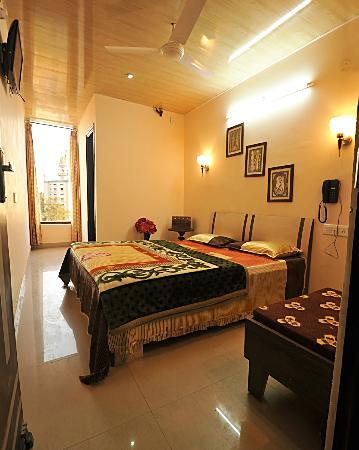 Hotel Singh International: Super Deluxe room