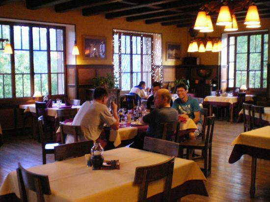 Hôtel Belvédère: Dining room