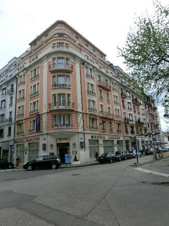 BEST WESTERN Hotel Carlton: ホテル