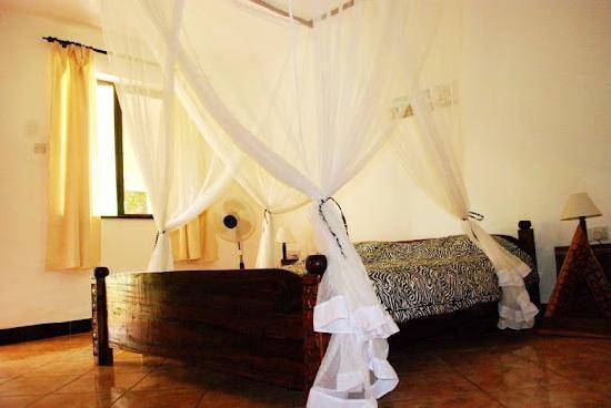 Mama Pierina Restaurant and Annex : Bedrooms