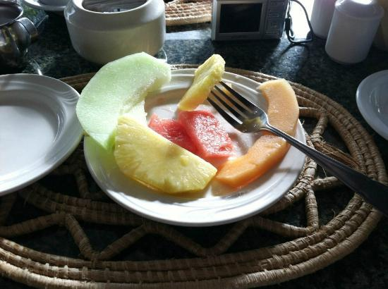 Grand Royal Antiguan Beach Resort: Fresh fruit at breakfast