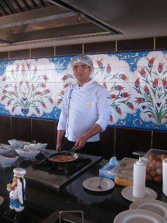 Savoy Ottoman Palace: breakfast Omelette to order