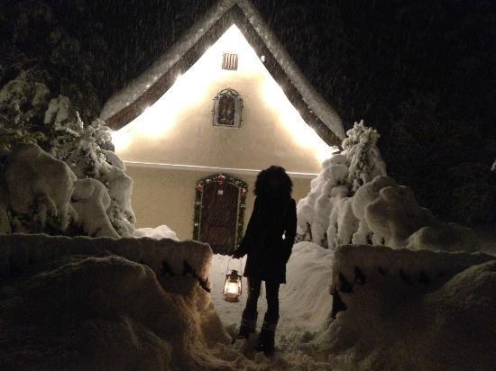 Kossen, Áustria: Schneewanderung bei Nacht