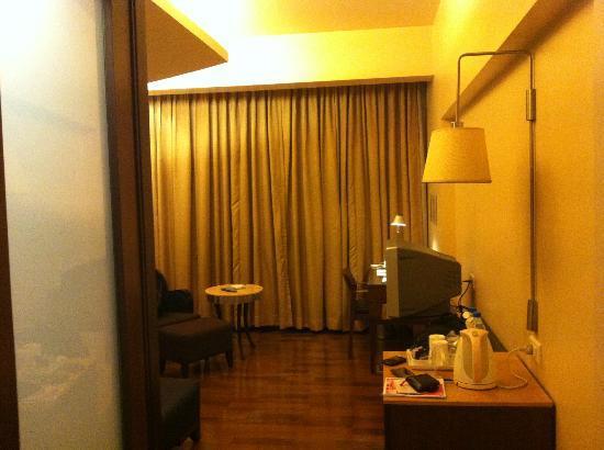 Deccan Rendezvous: Room