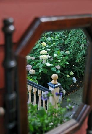 Columbia House: Victorian details