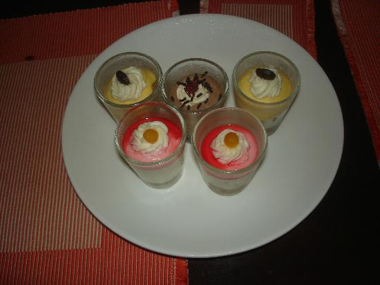 C.U. Restaurant: Complimentary Dessert