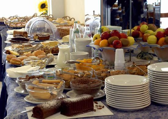Hotel Galassia: Buffet