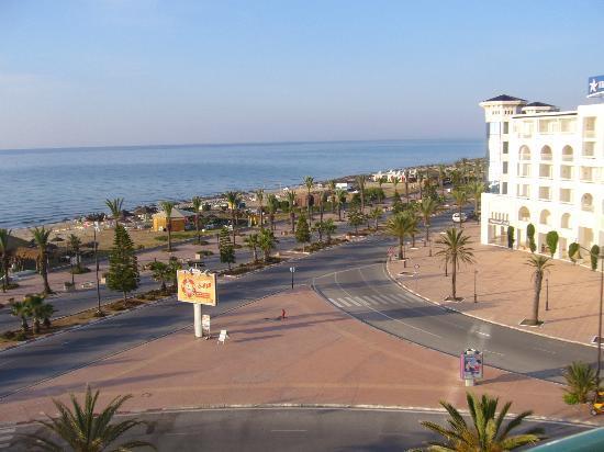 El Mouradi El Menzah: Blick auf Promenade