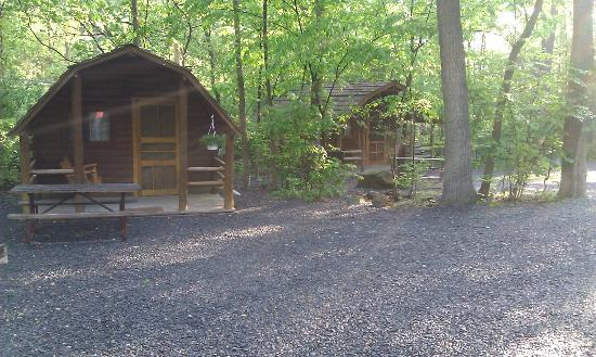 Gettysburg / Battlefield KOA: Some of the cabins