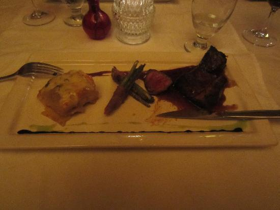 Dove Restaurant & Bar 1864: Steak