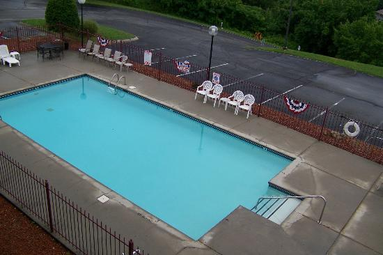 Hotel Pigeon Forge: Pool