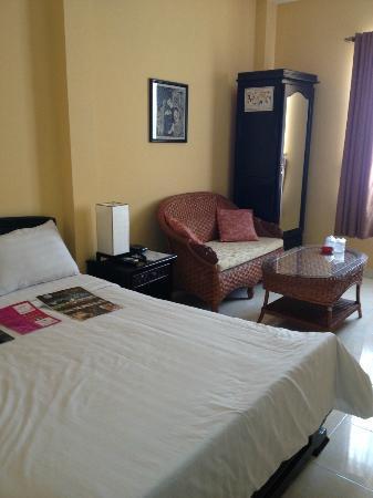 Ha Van Hotel: Standard room