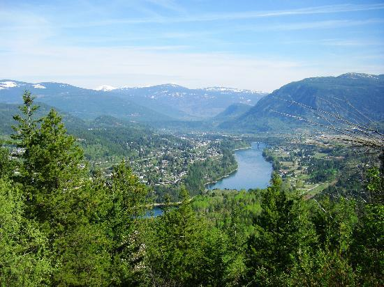 Fireside Inn & Conference Centre : Veiw of Castlegar