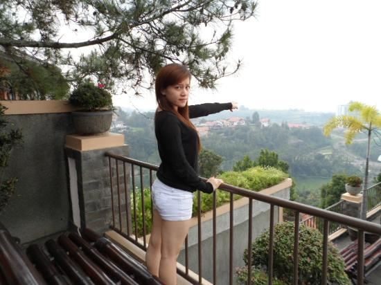 Hotel View Picture Of The Valley Bandung Tripadvisor