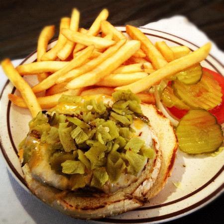 Amigo Cafe : Green Chili Cheeseburger