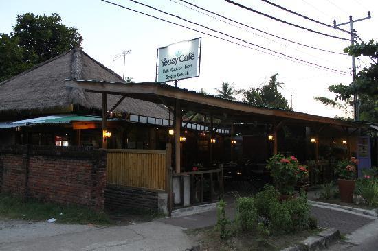 Yessy Cafe
