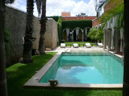 Hotel Hacienda Merida: Pool