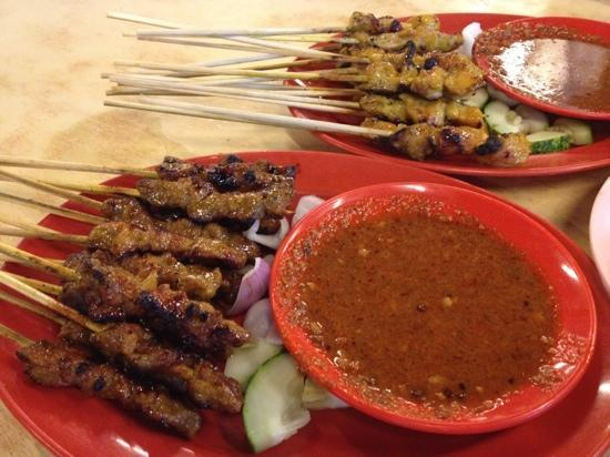 Long Beach: Beef and Chicken satay sticks with condiments