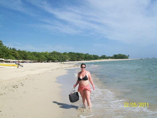 Iberostar Costa Dorada: walking on beach is nice