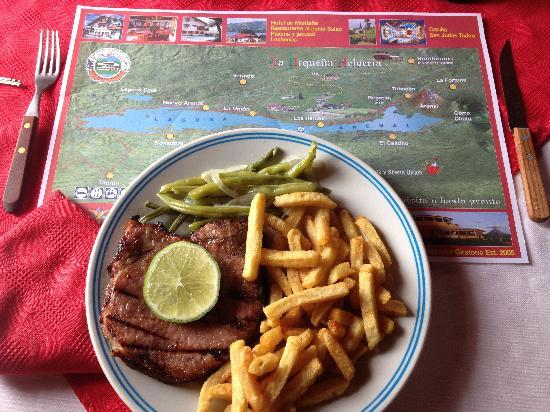 Nuevo Arenal, Costa Rica: map & lunch