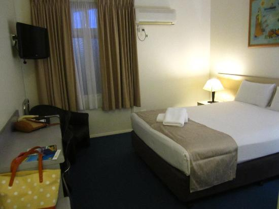 Bentleigh Motor Inn: bedroom
