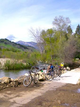 Ventura, Kaliforniya: River crossing