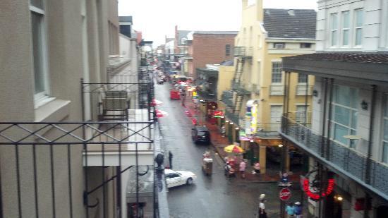 Hyatt French Quarter: From balcony looking down Bourbon Street