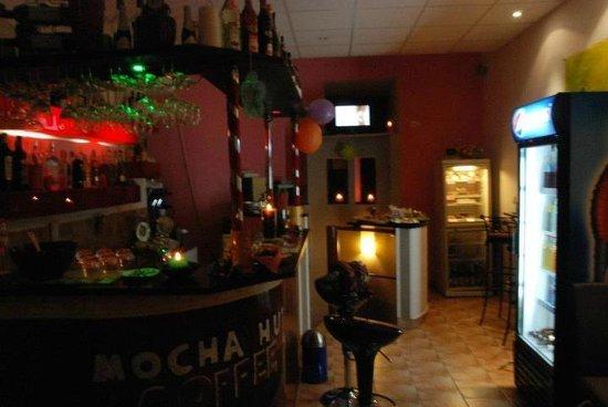Mocha Hut Caffee