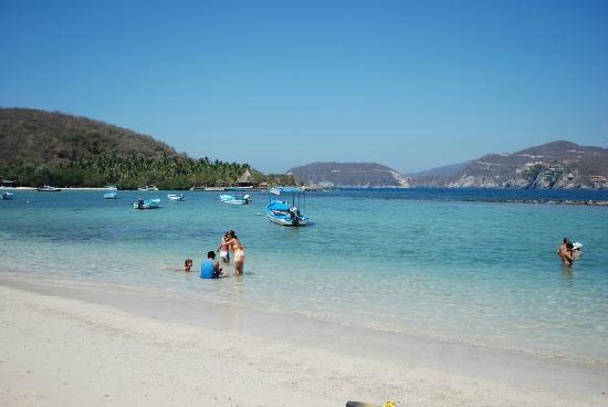 King's Reef: view of Las Gatas beach...