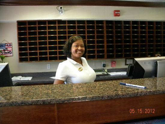 Sun Suites of Gautier: Front desk clerk, Troylynn