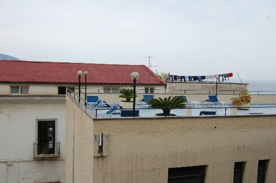 Panorama Palace Hotel: Ugly view