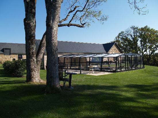 Le Val de Brangon: entre jardin et piscine