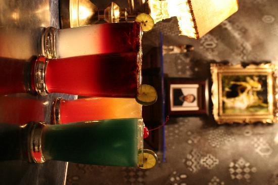 Antik Cafe: Sangrias y preparados