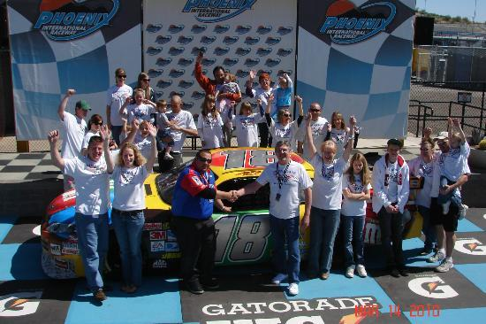 Richard Petty Driving Experience: My family and the crewchief