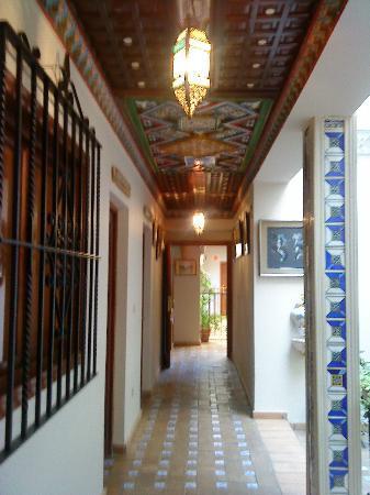 Hotel Convento La Gloria: PASILLO