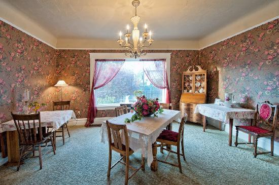 The Maxwell House Bed and Breakfast : Dining Room