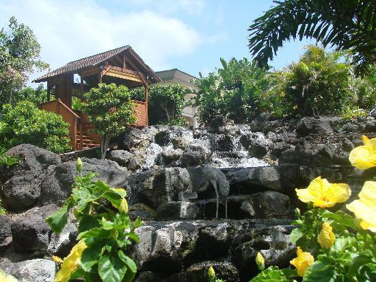 Spa Without Walls: a waterfall hut