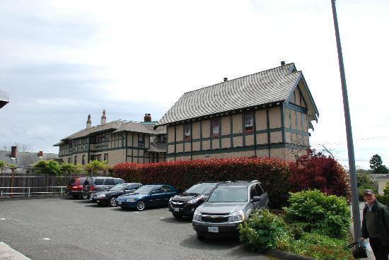 Abigail's Hotel: Back of Abigail's