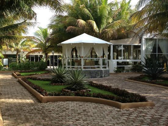 El Dorado Sensimar Riviera Maya: Hotel grounds
